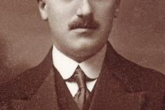 2 Gabriel Iziz Bueno 1925